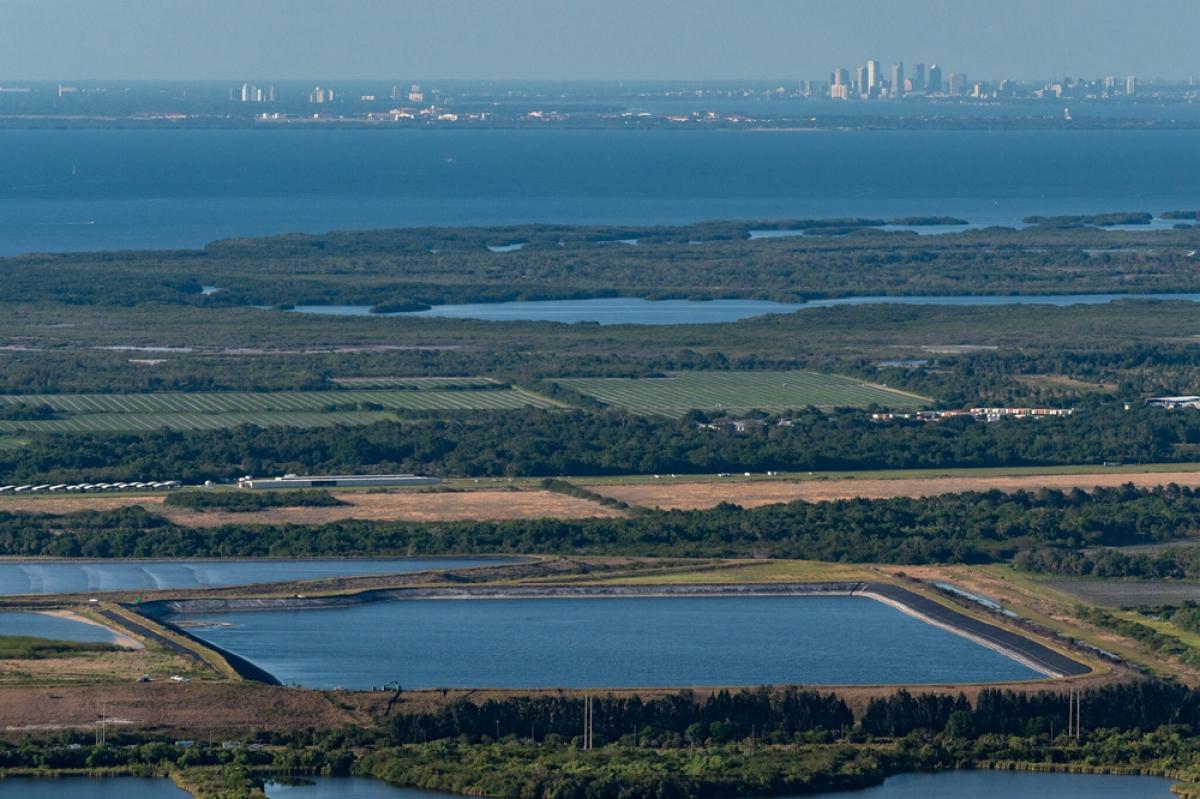 Chính phủ Mỹ phải chi rất nhiều tiền để xử lý mỏ phốt pho ở Florida.