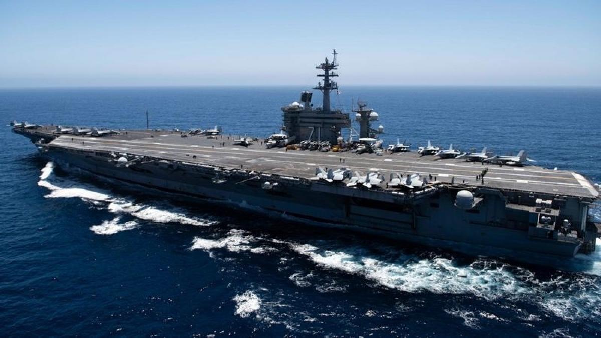 Tàu sân bay USS Theodore Roosevelt (CVN 71) của hải quân Mỹ. (Ảnh: Getty)