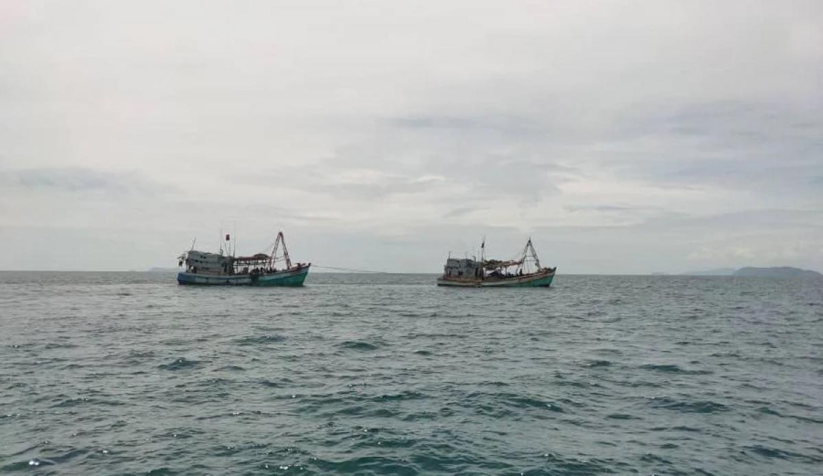 Tàu cá Việt Nam bịCơ quan Thực thi Hàng hải Malaysia (MMEA) bắt giữ. Ảnh: New Straits Times.
