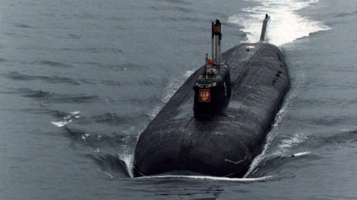 Tàu ngầm Kursk của Nga ở Biển Barent trước vụ tai nạn tháng 8/2000 khiến 118 người thiệt mạng. Ảnh: Getty