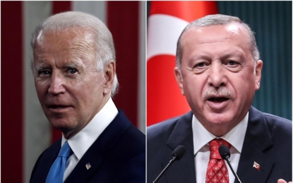 Tổng thống Mỹ Biden và Tổng thống Thổ Nhĩ Kỳ Erdogan. Ảnh: Saudi Gazette.