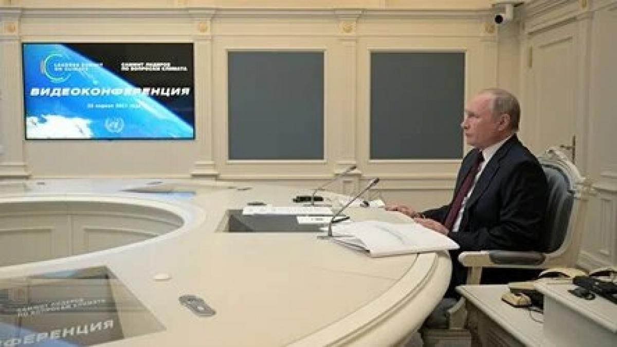 Tổng thống Nga V.Putin phát biểu tại hội nghị thượng đỉnh về khí hậu. Ảnh: Rianovosti