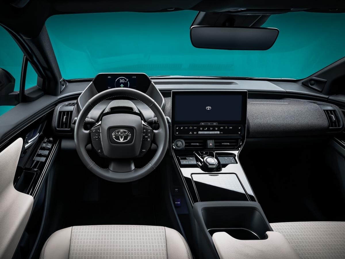 Không gian nội thất hiện đại của Toyota bZ4X Concept.