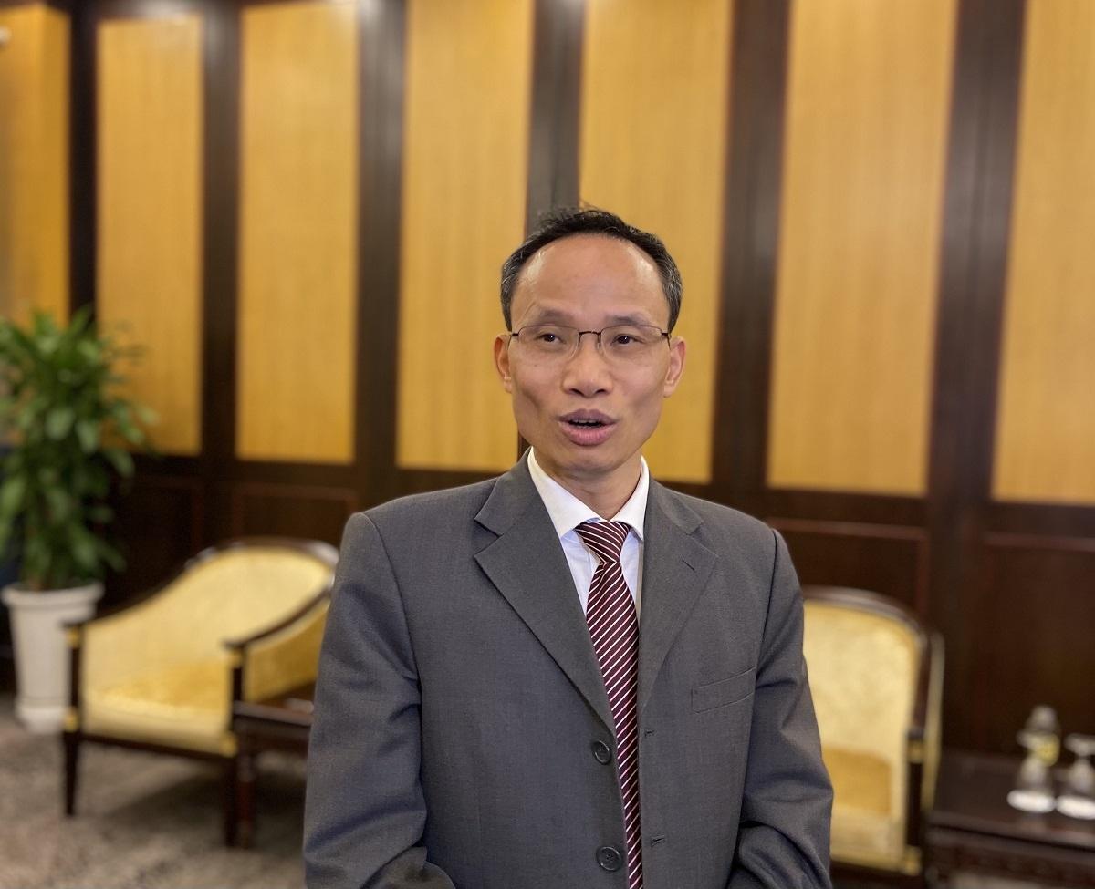 TS. Cấn Văn Lực, chuyên gia kinh tế