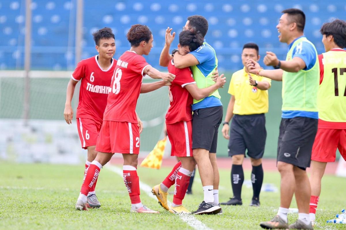 U19 PVF bảo vệ thành công ngôi vô địch. (Ảnh: PVF)