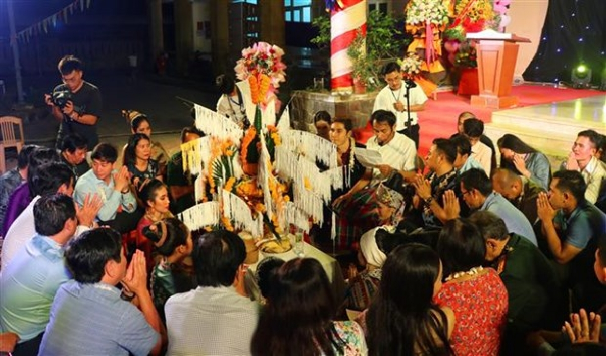 The Bunpimayfestival is observed from April 14-16 annually to pray for good weather, health, abundant harvests and prosperity.