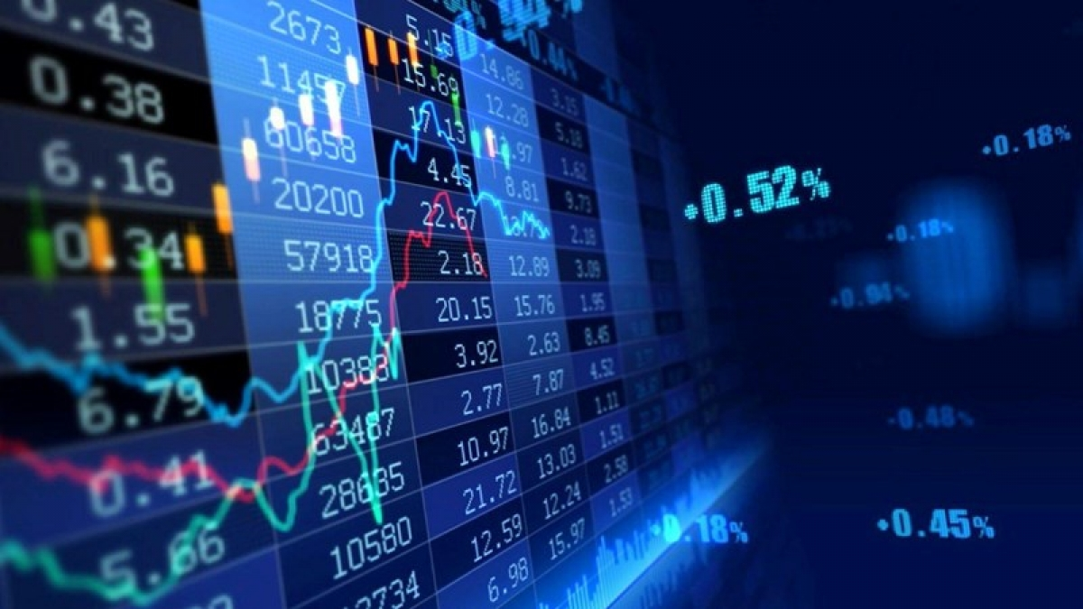 Nhiều yếu tố tích cực hỗ trợ thị trường chứng khoán 2021. (Ảnh minh họa: KT)