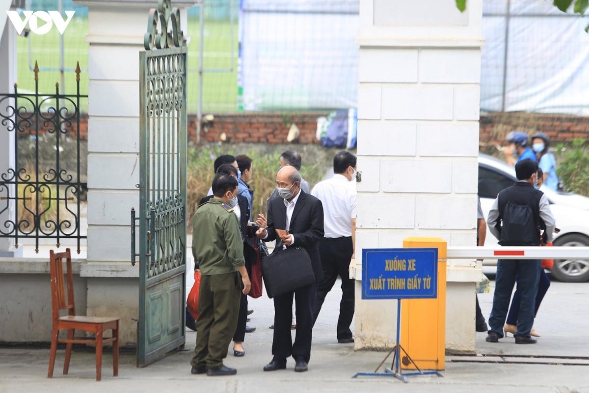 Phiên tòa dự kiến diễn ra trong 10 ngày (cả Thứ 7, Chủ nhật), do Thẩm phán Phan Huy Cương làm chủ tọa.