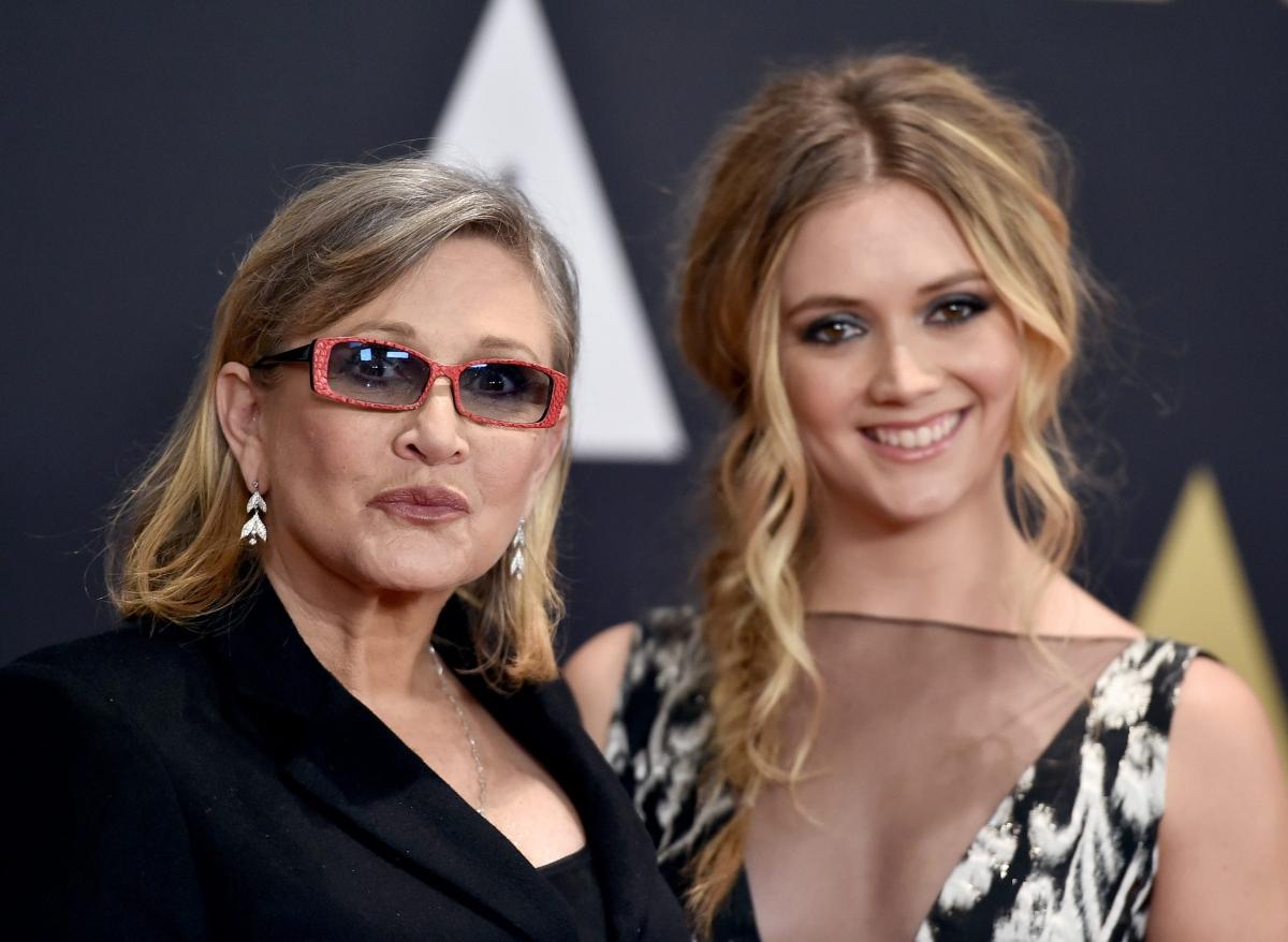 Billie Lourd và mẹ.