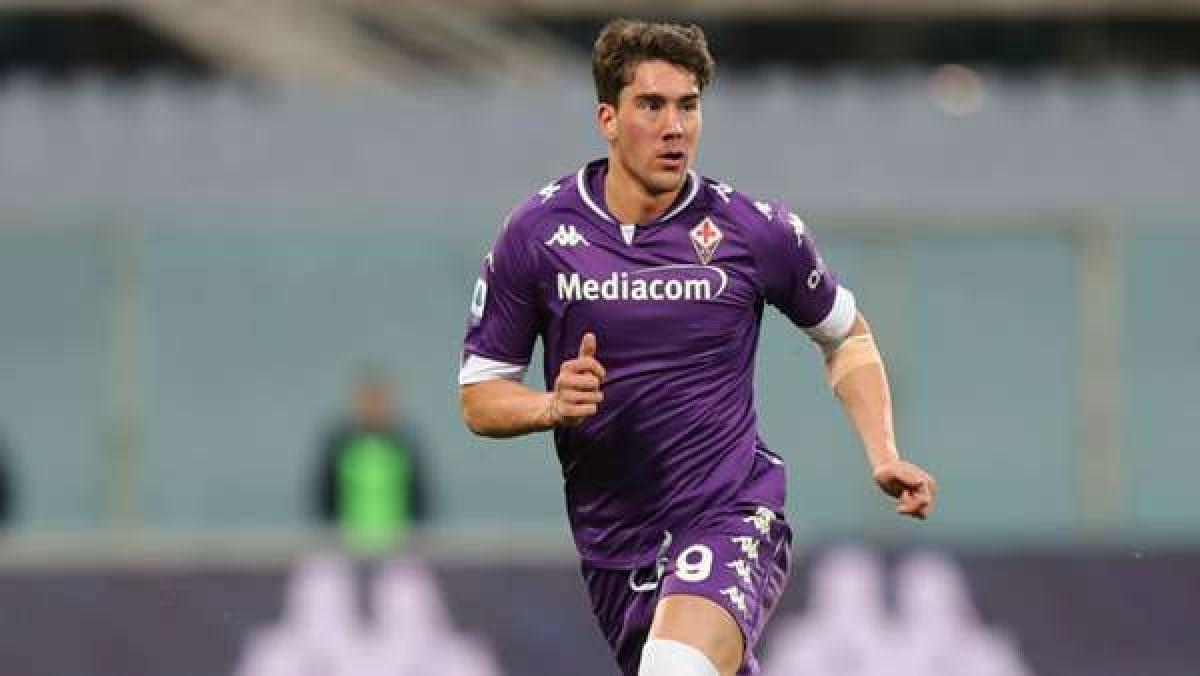 10. Dusan Vlahovic | Fiorentina | 21 bàn thắng (42 điểm).