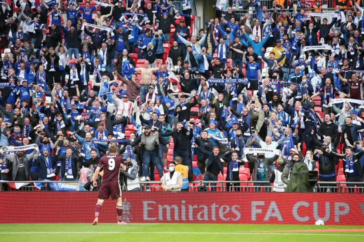 Chung cuộc, Leicester City giành chiến thắng 1-0 trước Chelsea để đoạt chức vô địch FA Cup lần đầu tiên trong lịch sử.