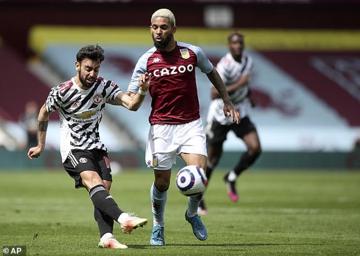 MU đang bế tắc trong việc tìm đường vào khung thành Aston Villa. (Ảnh: AP).