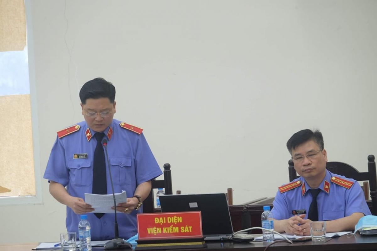 Đại diện Viện kiểm sát giữ quyền truy tố tại tòa