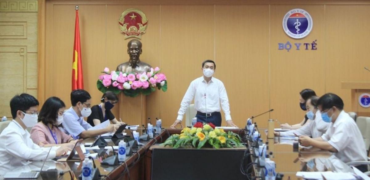 Thứ trưởng Bộ Y tế Trần Văn Thuấn chủ trì cuộc họp trực tuyếnHướng dẫn triển khai xét nghiệm SARS-CoV-2.