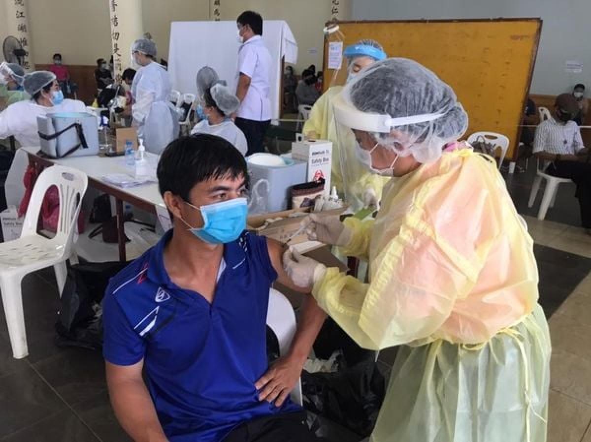 Lào đặt mục tiêu đạt 50% dân số được tiêm vaccine COVID-19 vào cuối năm nay.