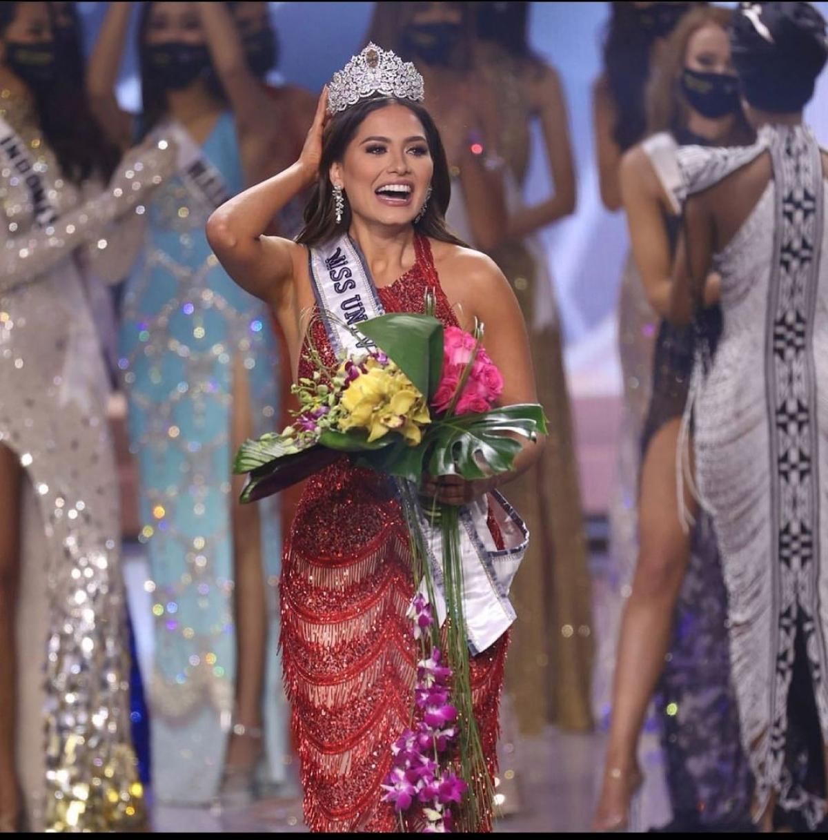 Vượt qua 73 ứng cử viên sáng giá, Andrea Meza giành vương miện Miss Universe 2020.
