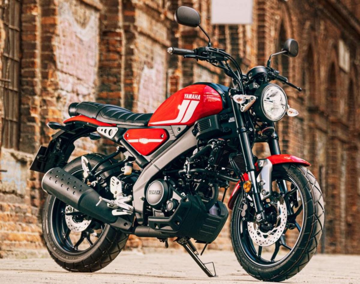 Mức giá cho chiếc XSR125 trên trang chủ của Yamaha UK là 4.450 bảng Anh (tương đương 144 triệu đồng), mức giá khá đắt so với một chiếc mô tô 125 cc tại châu Âu.