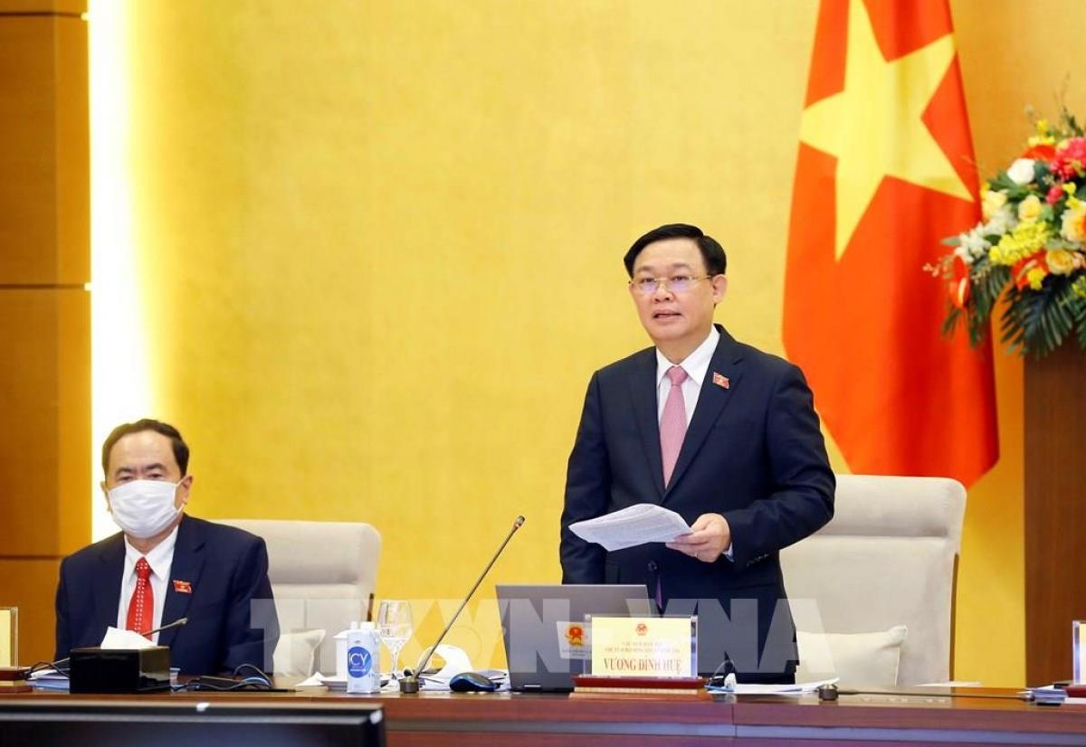 Chủ tịch Quốc hội Vương Đình Huệ chủ trì Hội nghị toàn quốc sơ kết công tác bầu cử. Ảnh: Doãn Tấn/TTXVN