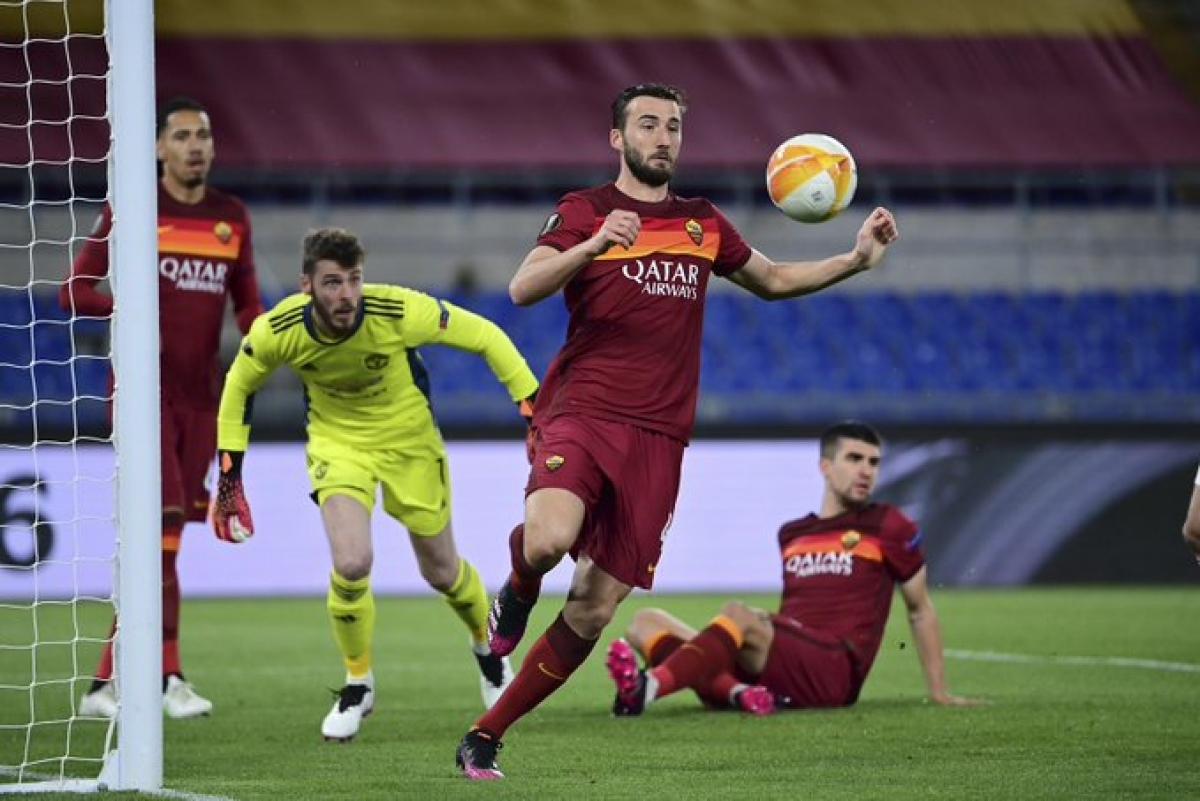 Thua 2-6 trên sân khách ở lượt đi, AS Roma dồn toàn lực tấn công MU ngay sau tiếng còi khai cuộc trận lượt về trên sân nhà. (Ảnh: Getty)