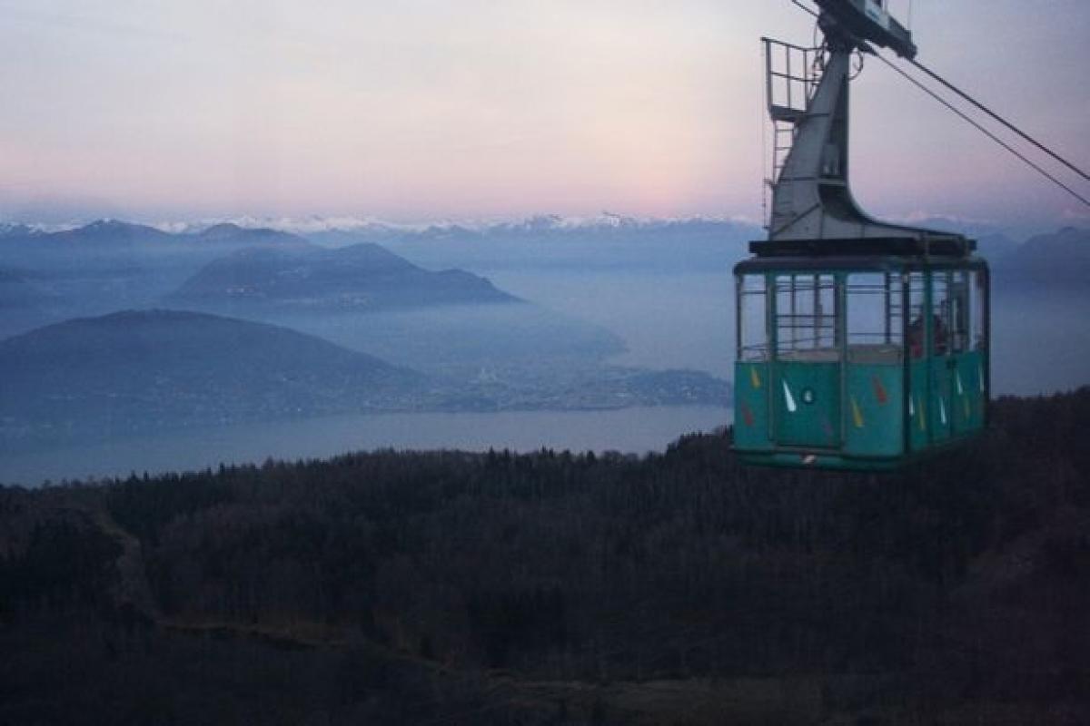 Một cabin trên tuyến cáp treo Stresa-Mottarone. Ảnh tư liệu chụp vào năm 2016. Nguồn: Getty.