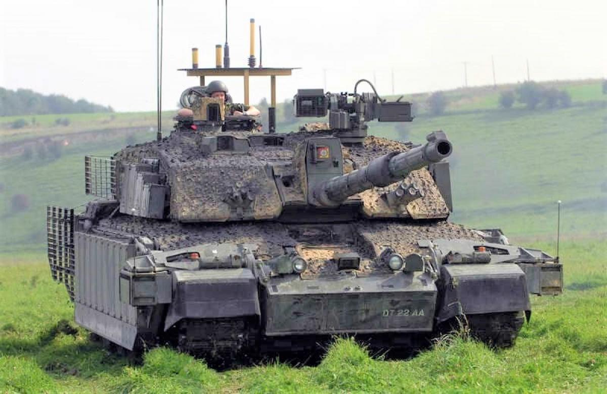 Xe tăng Challenger 2 có trong trang bị Lục quân Anh từ năm 1998; Nguồn: naukatehnika.com