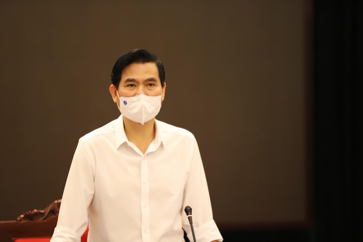 Ông Hoàng Quốc Khánh, Chủ tịch UBND tỉnh Sơn La yêu cầu các huyện, thành phố tuyệt đối không chủ quan, lơ là trong phòng, chống dịch COVID-19.