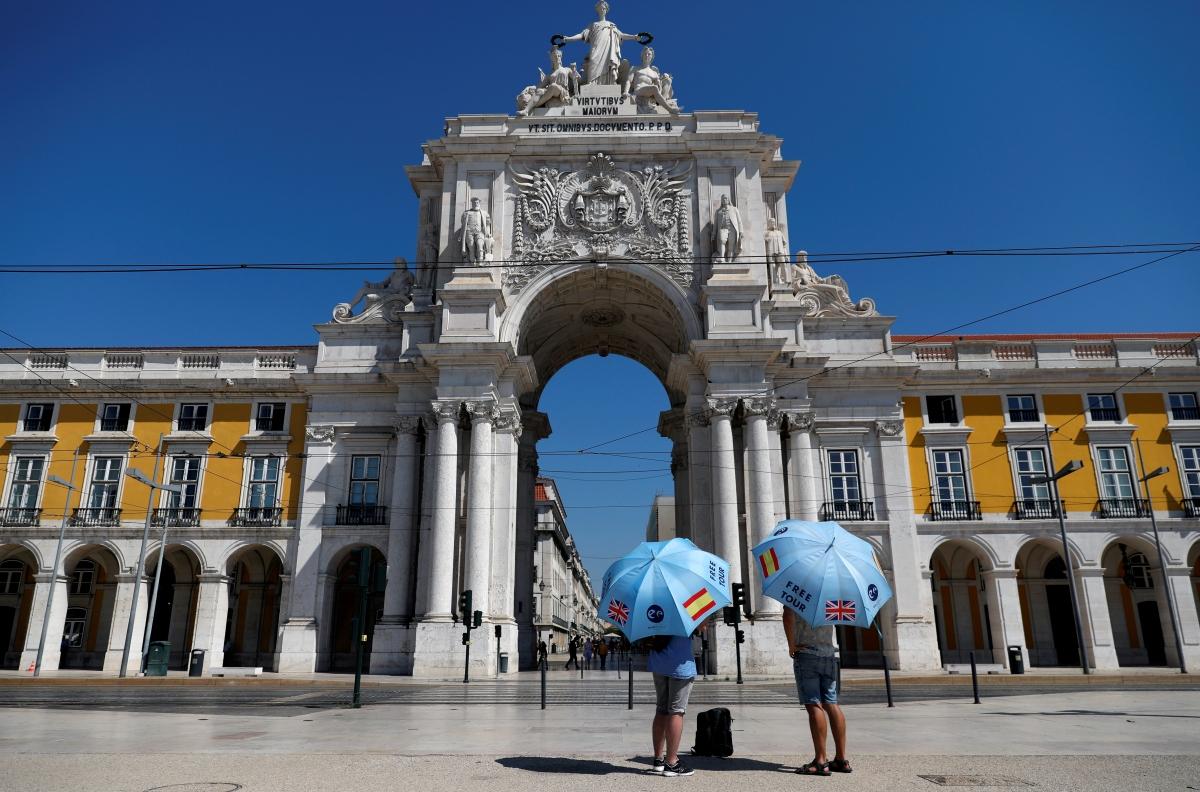 Quảng trường Comercio (Lisbon, Bồ Đào Nha) giữa đại dịch Covid-19. Nguồn: Reuters