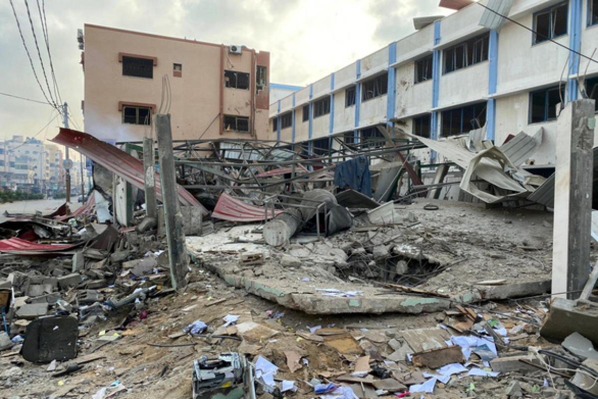 Một cơ sở an ninh của phong trào Hồi giáo Hamas bị hủy hoại sau đợt không kích của Israel ở Gaza ngày 11/5.Ảnh: Reuters.