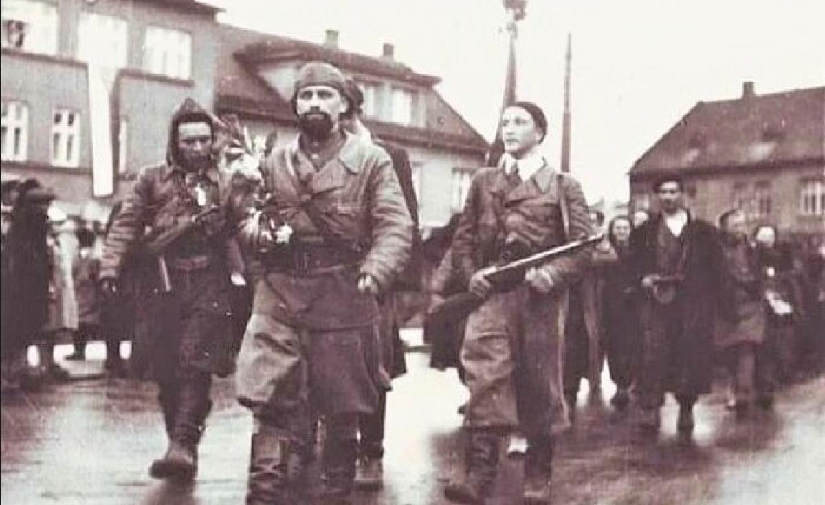 """""""Hắc Tướng quân"""" là """"kẻ thù số một"""" đối với Đức Quốc xã, bị Hitler đưa vào danh sách xử tử; Nguồn: kulturologia.ru"""