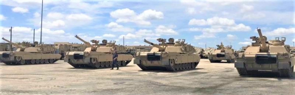 Trước đó, tăng Abrams M1A2C cũng đã tham gia thử nghiệm tại Bãi thử nghiệm Yuma (Arizona); Nguồn: topwar.ru