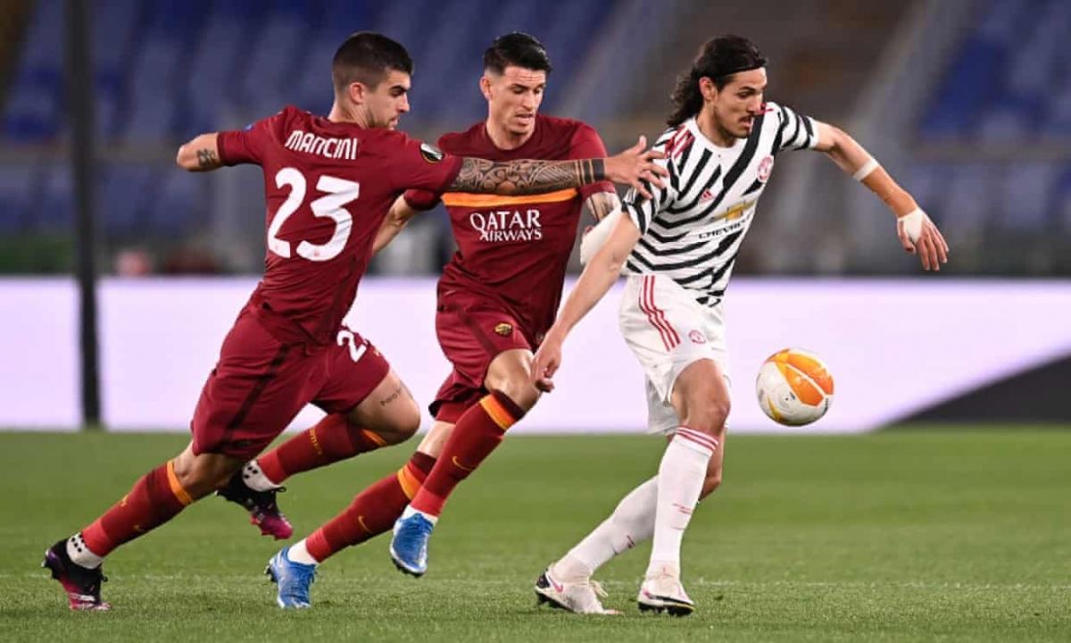 MU lép vế trước AS Roma trong những phút đầu trận. (Ảnh: Getty)