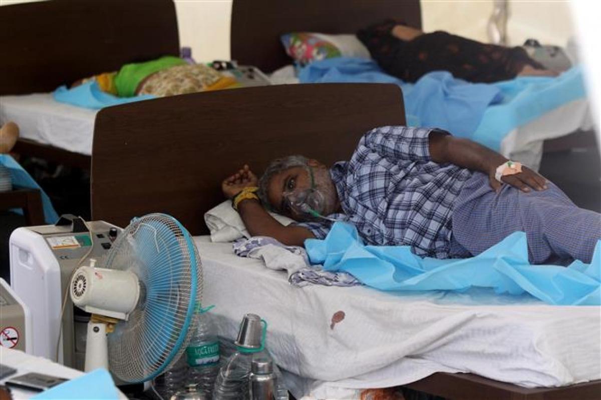 Bệnh nhân mắc COVID-19 điều trị tại bệnh viện ở Chennai, Ấn Độ, ngày 13/5/2021. Ảnh: THX/TTXVN