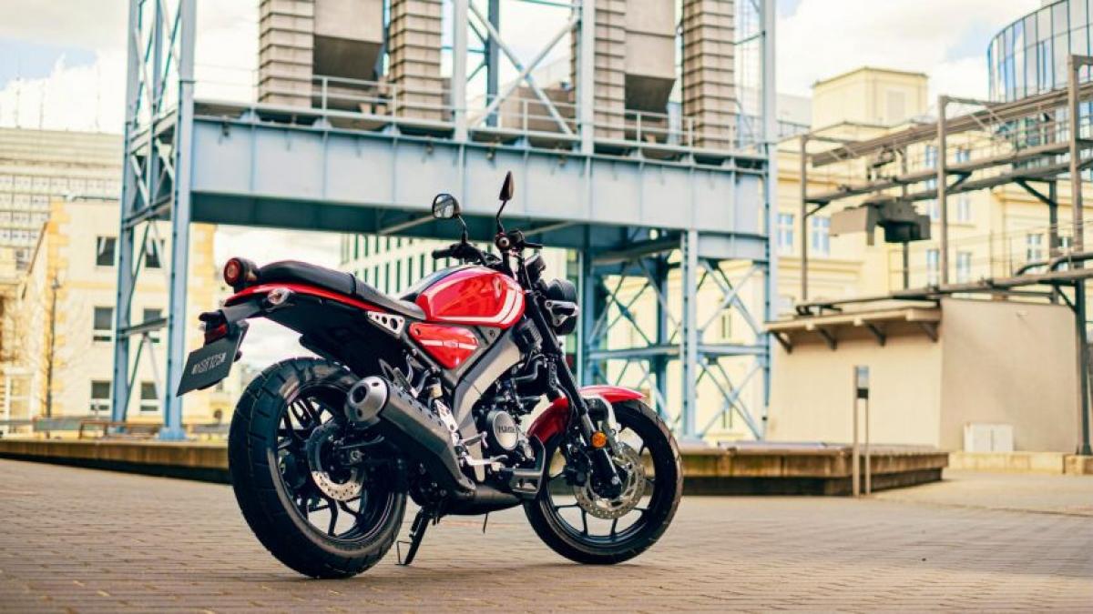 Để so sánh, chiếc Yamaha MT-125 với cùng cấu hình có công suất tương đương nhưng có mức giá 4.650 bảng Anh (tương đương 151 triệu đồng).