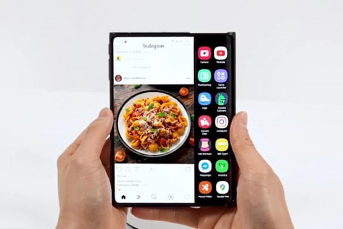 Nguyên mẫu màn hình gập lại 7,2 inch của Samsung.