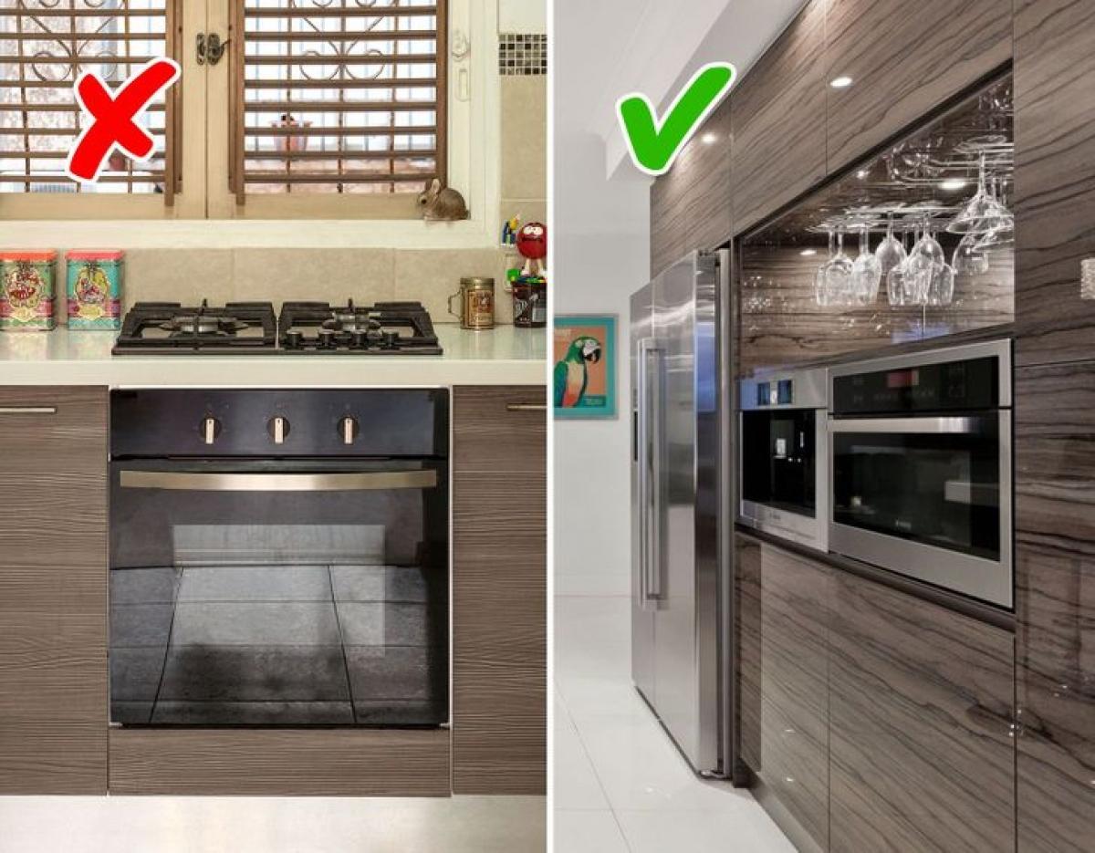 Lò nướng và bếp nên tách rời, như vậy bạn sẽ có thêm không gian lưu trữ và không phải cúi xuống để lấy đồ khỏi lò nướng.