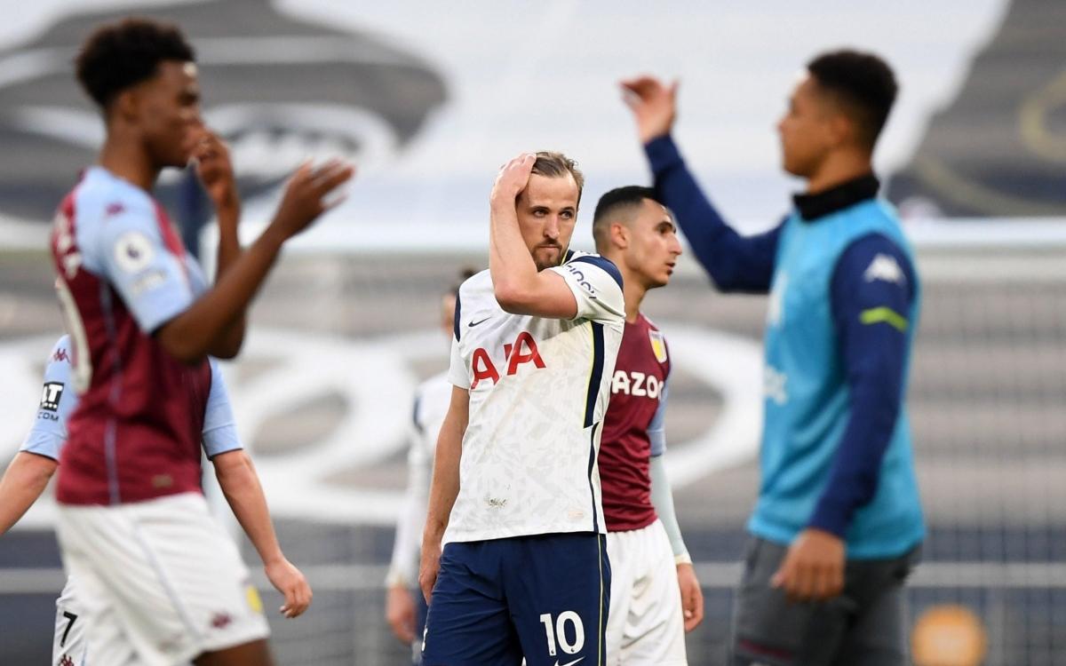 Tottenham thua ngược 1-2 trước Aston Villa và văng khỏi nhóm dự cúp châu Âu mùa tới.