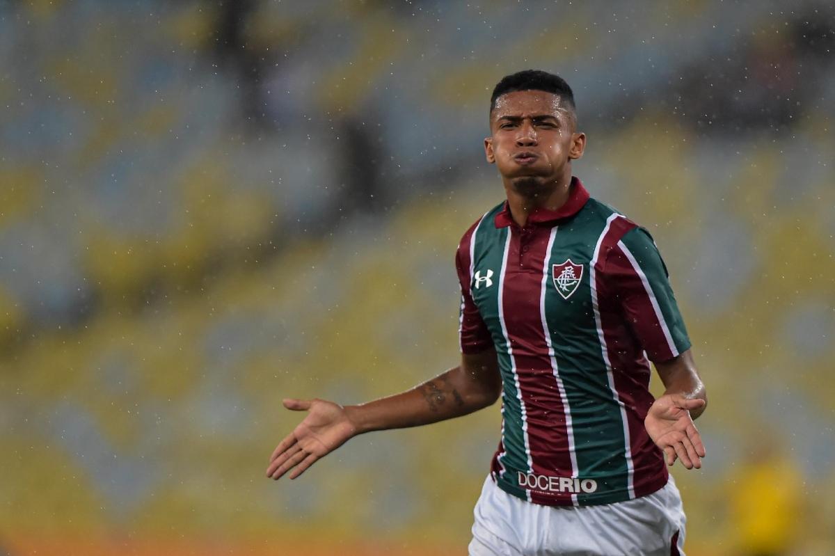 Tiền đạo 19 tuổi Marcos Paulo sẽ chia tay Fluminense và ký hợp đồng có thời hạn tới năm 2026 với Atletico Madrid theo dạng chuyển nhượng tự do.