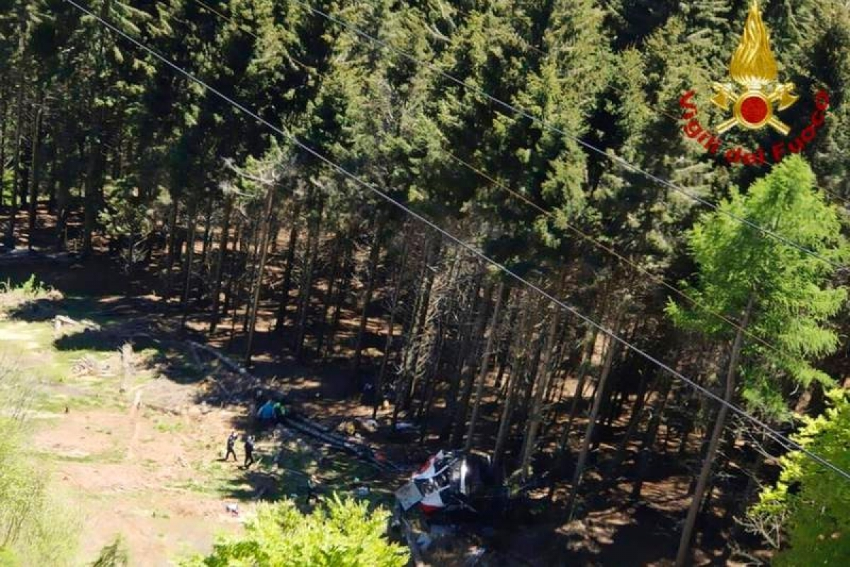Vị trí cabin nằm dưới mặt đất, nhìn từ trên cao. Ảnh: Vigili del Fuoco.