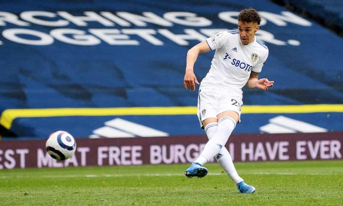 Raphinha kiến tạo dọn cỗ để Rodrigo dễ dàng ấn định chiến thắng 3-1 cho Leeds ở phút 84.