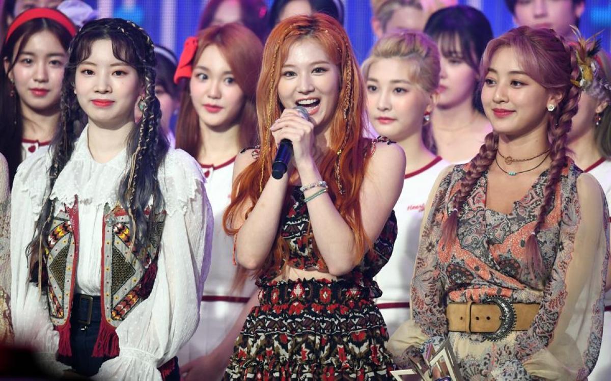 Các thành viên của nhóm Twice trong một chương trình của Đài MBC. Nguồn: Getty Images