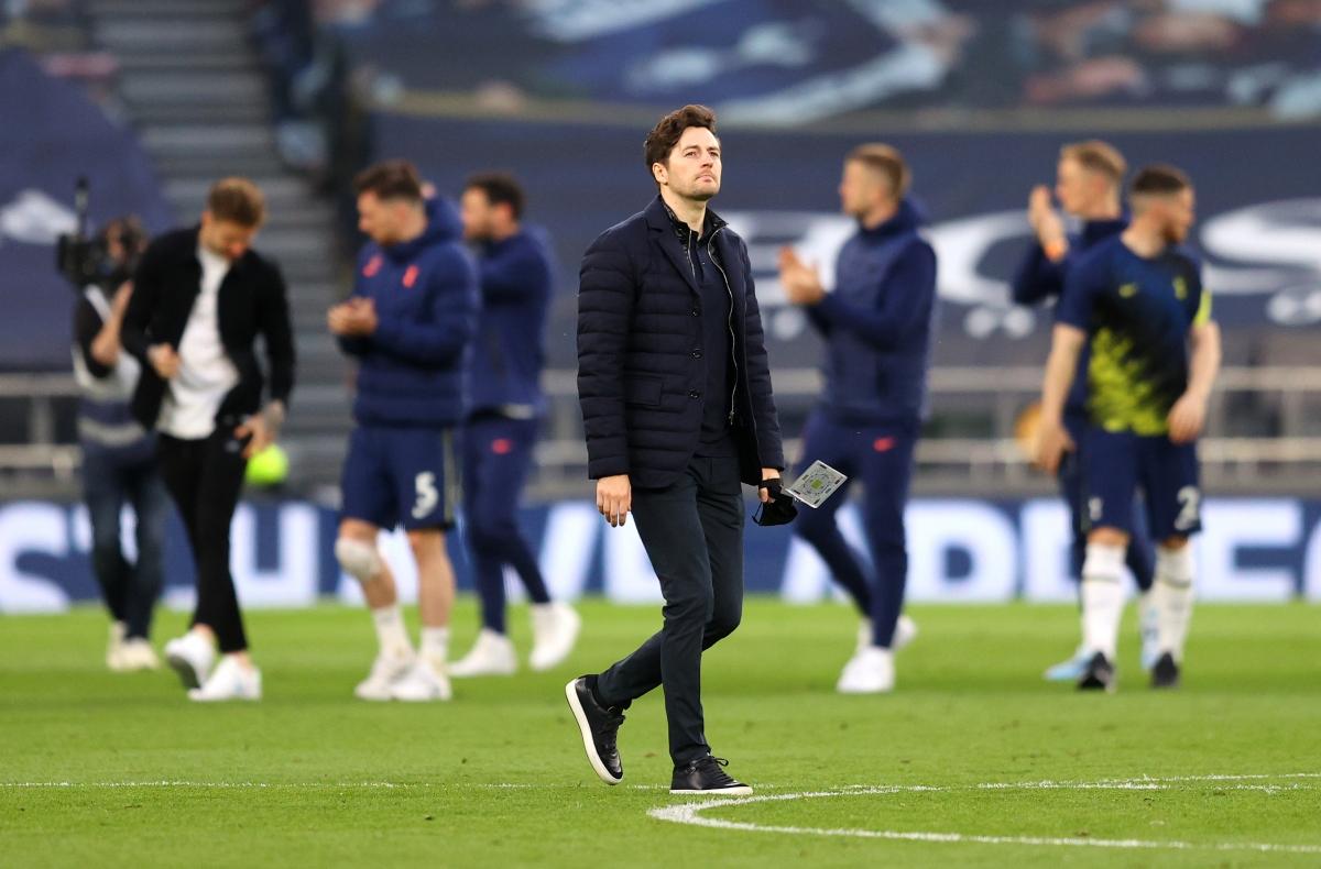 HLV Ryan Mason phủ nhận việc Harry Kane sẽ chia tay Tottenham mà cho rằng đây chỉ là hành động bình thường khi đội bóng chơi trận cuối cùng của mùa giải trên sân nhà.