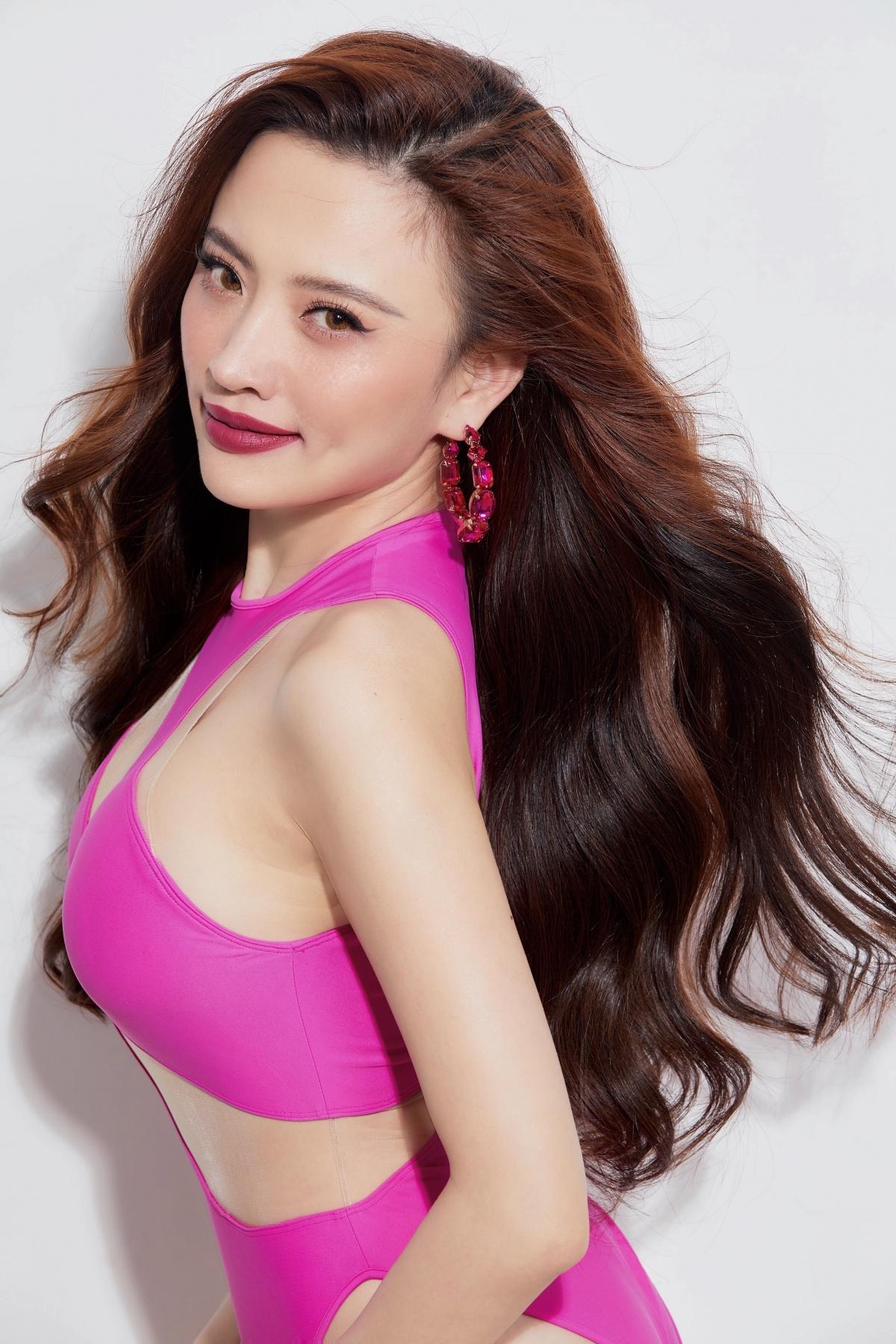 Hoa hậu biển Ngô Lan Anh.