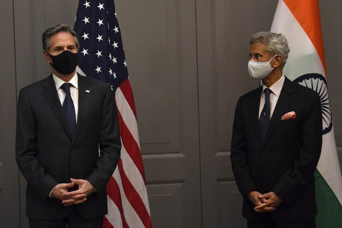 Ngoại trưởng Mỹ Antony Blinken và người đồng cấp Ấn Độ Subrahmanyam Jaishankar tham dự họp báo sau một cuộc gặp song phương ở London, Anh ngày 3/5. Ảnh: AP