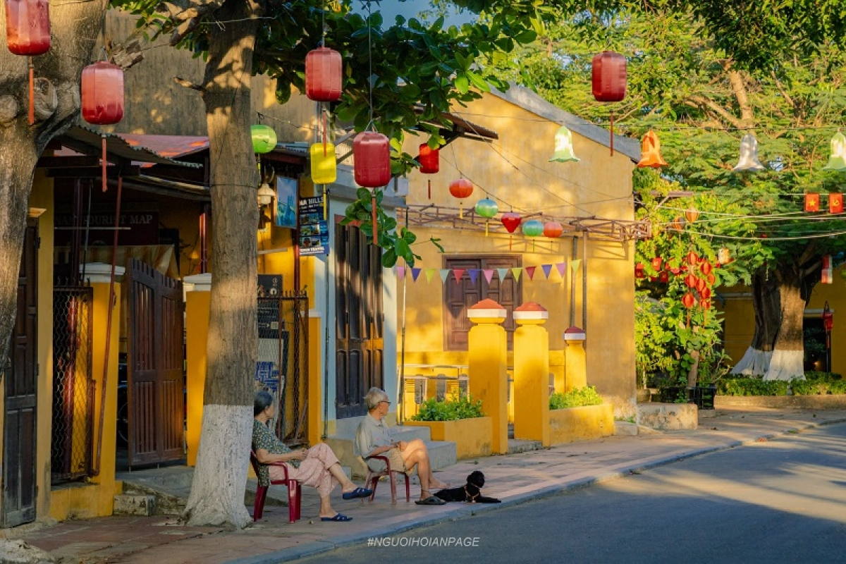 The slow pace of life in Hoi An ancient town. Photo: Nguoi Hoi An