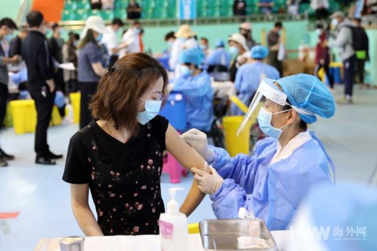 Trung Quốc đã hoàn thành tiêm hơn nửa tỷ liều vaccine Covid-19. Ảnh: Haiwainet