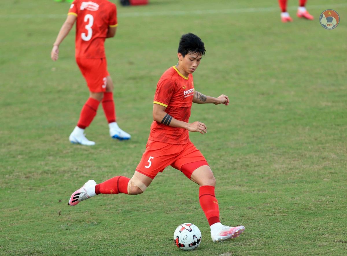Văn Hậu đã trở lại tập luyện cùng toàn đội từ hôm 15/5 sau thời gian dài điều trị chấn thương.
