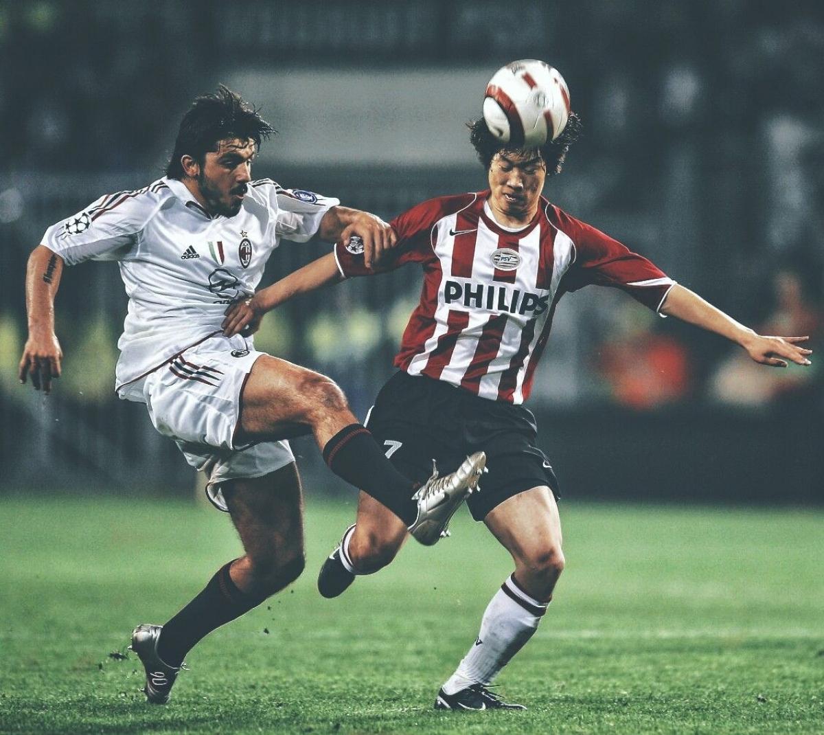 Ngày này 16 năm trước, Park Ji Sung để lại dấu ấn đậm nét ở bán kết Champions League. (Ảnh: Getty).