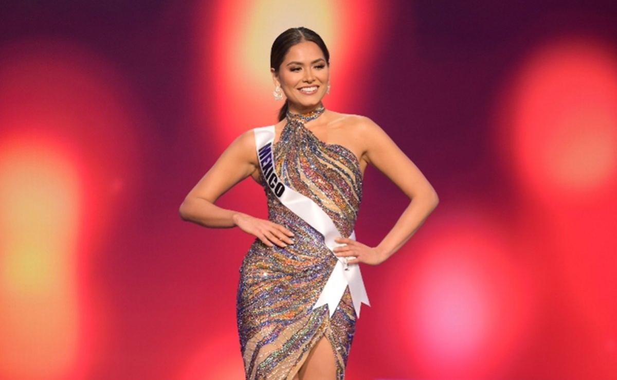 Andrea Meza - đại diện Mexico sở hữu chiều cao 1,8 m cùng số đo ba vòng 89 - 66 - 89 cm.