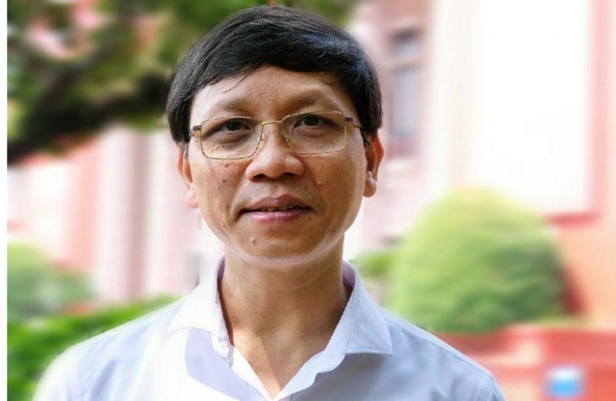 Phó giáo sư- Tiến sĩ Lý Việt Quang, Viện trưởng Viện Hồ Chí Minh và các lãnh tụ của Đảng, Học viện Chính trị Quốc gia Hồ Chí Minh. Ảnh: VNE