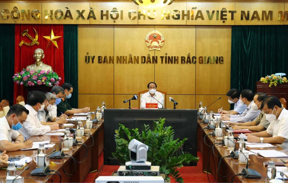 Phó Thủ tướng Lê Văn Thành chủ trì cuộc họp. (Ảnh: Đức Duy)